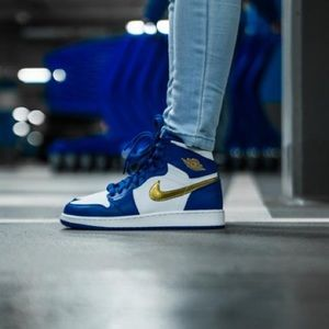 Air Jordan 1 High Retro Royal Blue Gold Medal 6.5Y